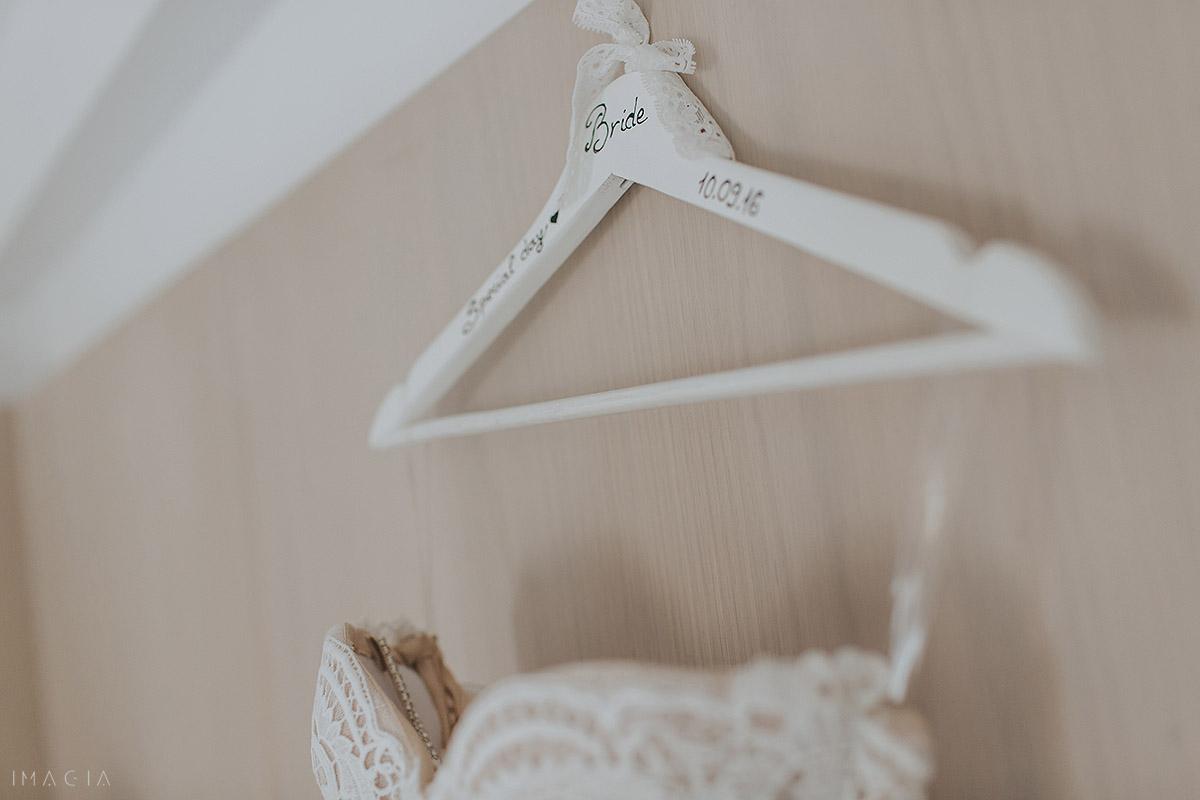 umeras personalizat pentru rochie de mireasa