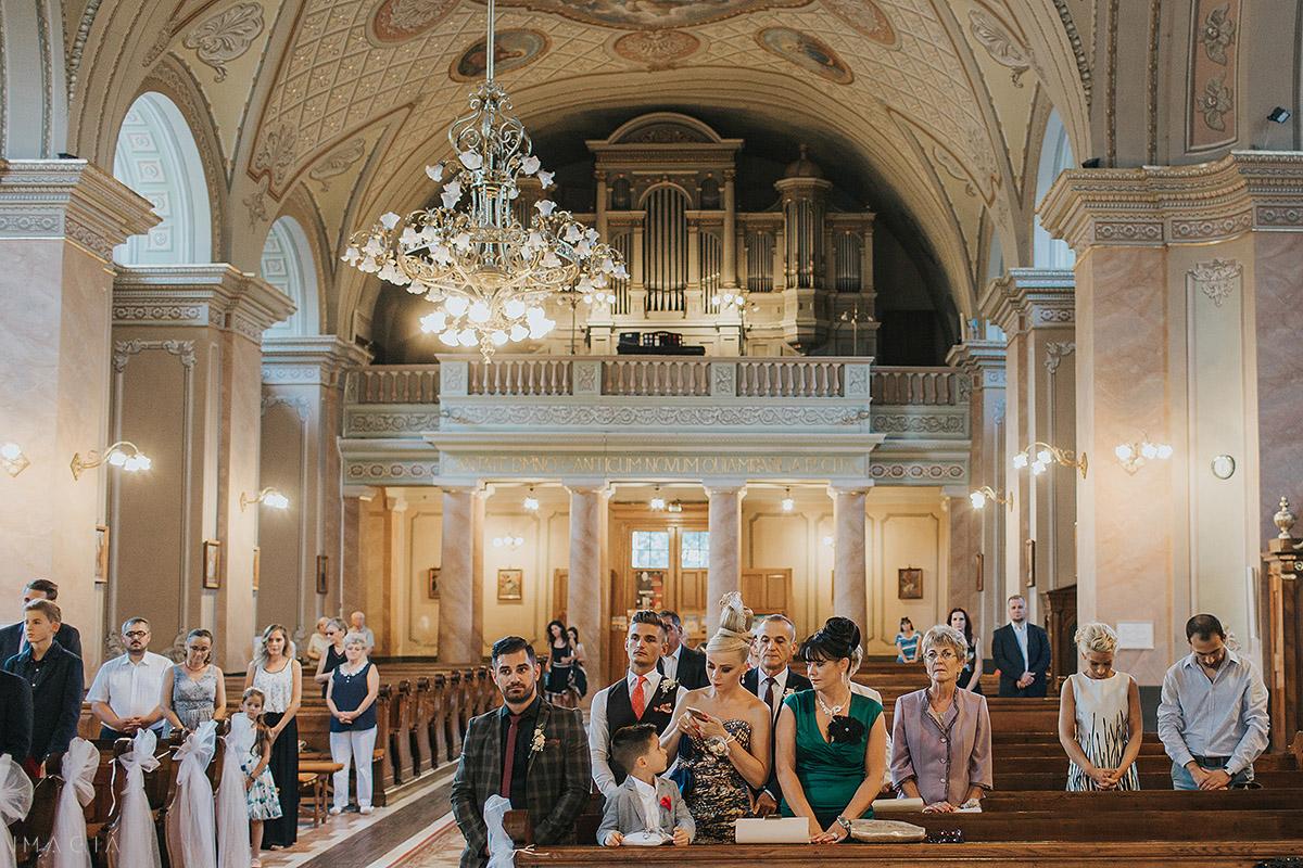 ceremonie religioasa catolica in satu mare