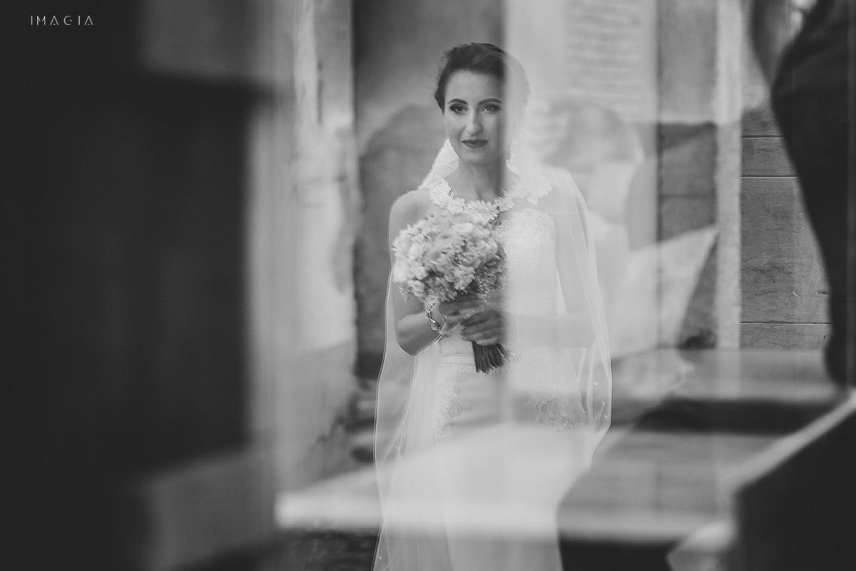 Fotografie de nunta in Baia Mare realizata de imagia.ro