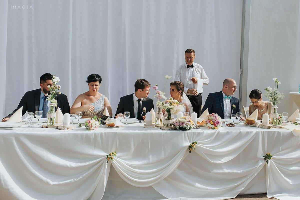 Masa mirilor la o nunta in Baia Mare fotografiata de imagia.ro