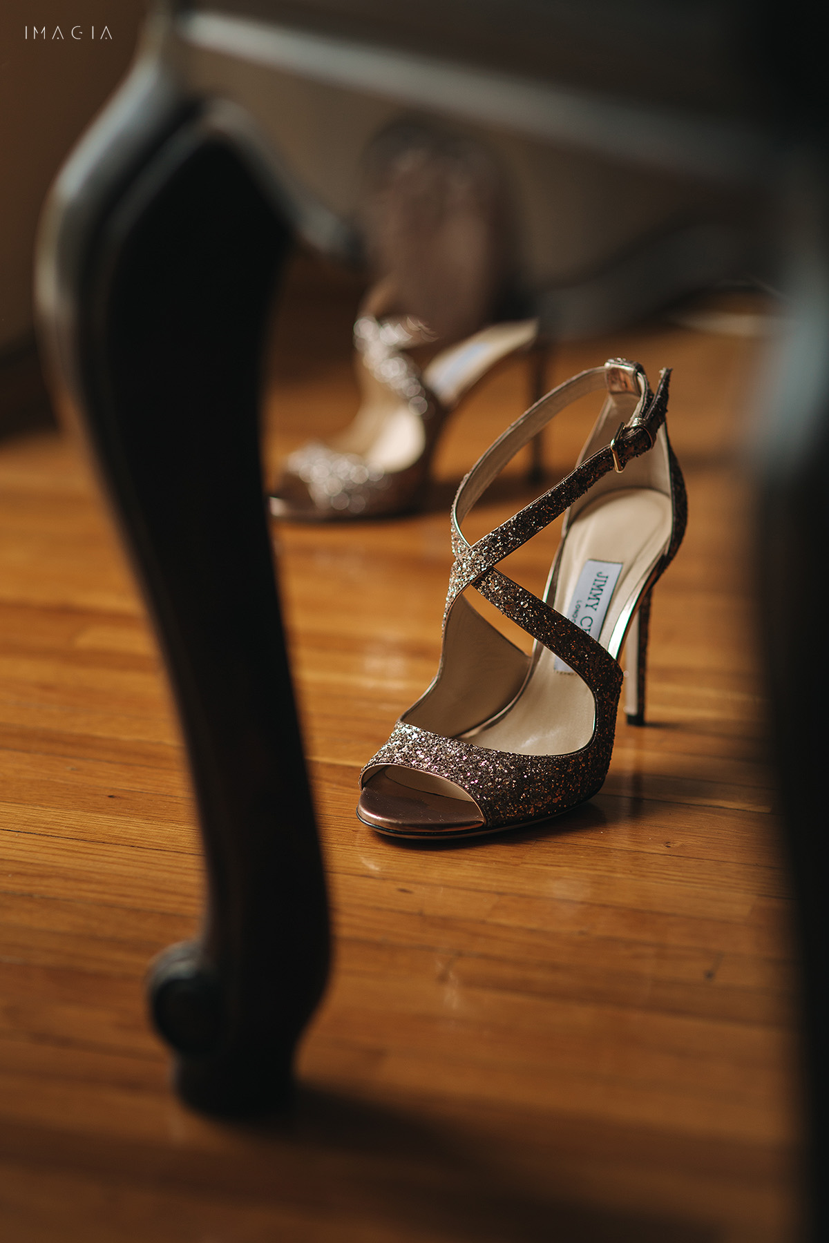 Pantofi de nunta Jimmy Choo la nunta in Satu Mare fotografiata de IMAGIA