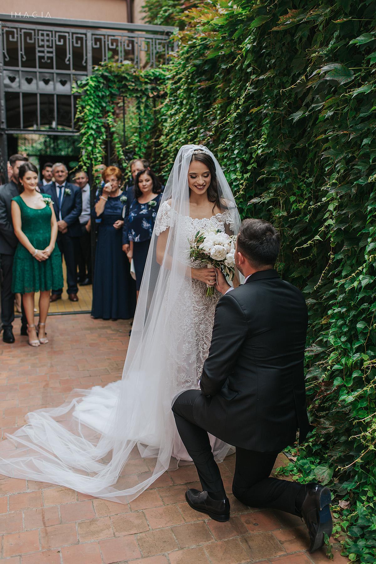 Fotografii de nunta in Satu Mare cu rochie creata de Ioana Calin la Hotel Poesis