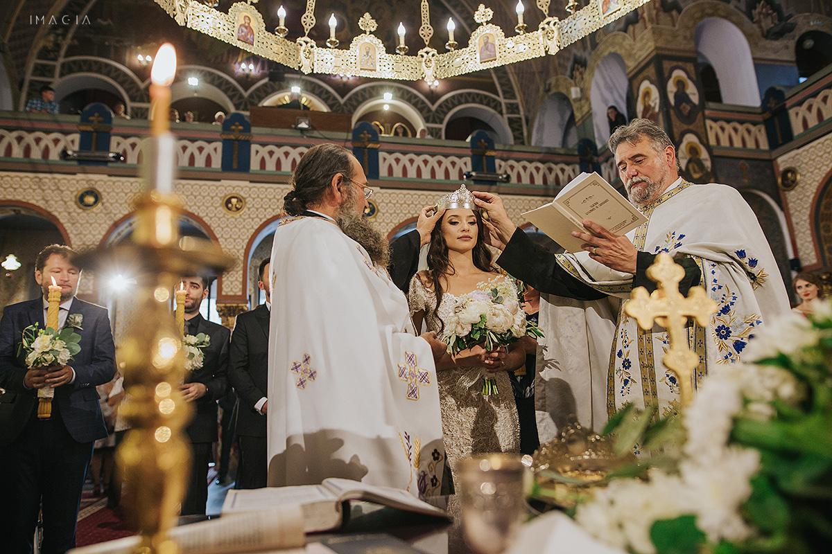 Cremonie religioasa la Catdrala Ortodoxa din Satu Mare fotografiata de IMAGIA